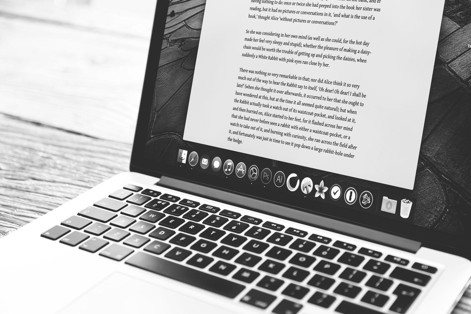 En başarılı blog yazısı yazan blogcular hatırladığımız kişilerdir ve bu blogcuların bloglarına defalarca uğrarız.